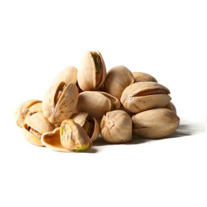 Pistacijų riešutai – ne tik skanūs, bet ir labai naudingi organizmui. Švelniai pakepinti (be aliejaus) ir lengvai pasūdyti, kad dar stipriau atsiskleistų ypatingas skonis! Pistacijų riešutai turtingi antioksidantais, maistinėmis skaidulomis ir geraisiais riebalais