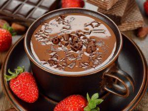 Karštas šokoladas su riešutais