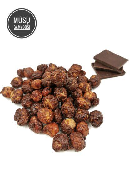 karamelizuoti makadamijų riešutai su juoduoju šokoladu